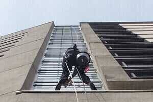 Abseiling Contractor London